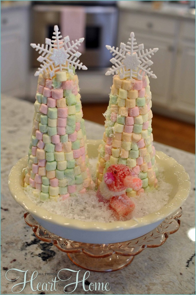 Christmas Tree Marshmallow Pops Directions Melt the chocolate candy melts in a microwave or double boiler according to package directions until they are fully melted. Dip the lollipop sticks into the chocolate and then into the marshmallow.