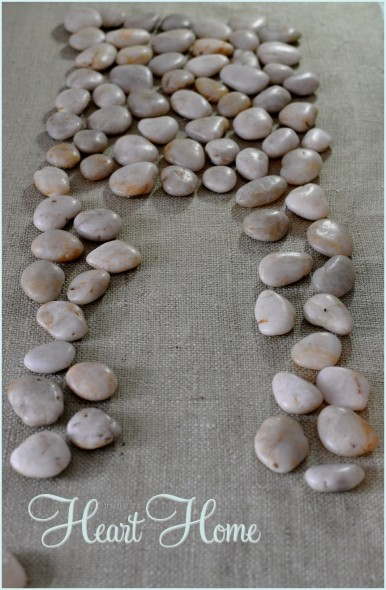 rock table runner