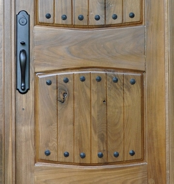 clavos & Adding Clavos to the Entry Door - All Things Heart and Home