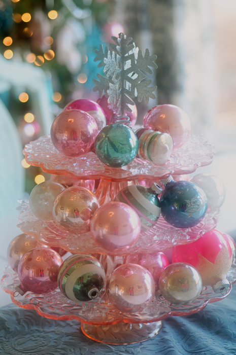 pastel christmas decorations all things heart and home - Pastel Christmas Decorations