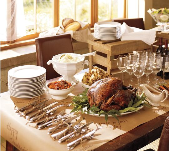 Thanksgiving table ideas all things heart and home for Thanksgiving home ideas