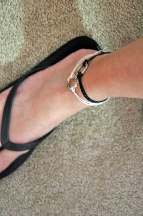 anklet-on