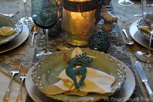 teal-table-setting