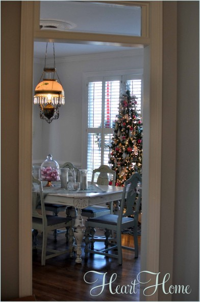 christmas in the dinning room