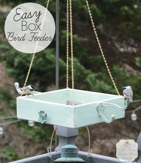 Easy-DIY-Platform-Bird-Feeder