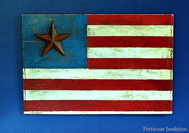 how-to-make-a-rustic-American-flag-sign-easy-diy-Petticoat-Junktion_thumb