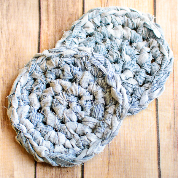 fabric-yarn-coasters-2-of-2