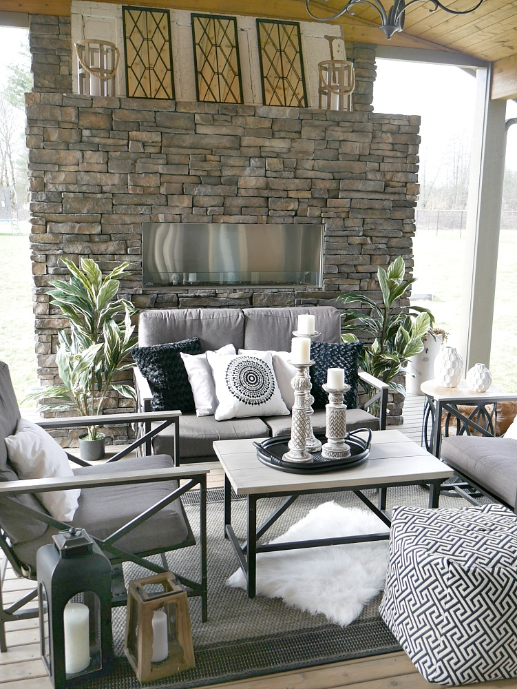 Spring Inspiration - All Things Heart and Home on Black And White Backyard Decor id=64325
